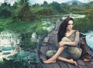 Salute to Angeline Jolie and Louis Vuitton